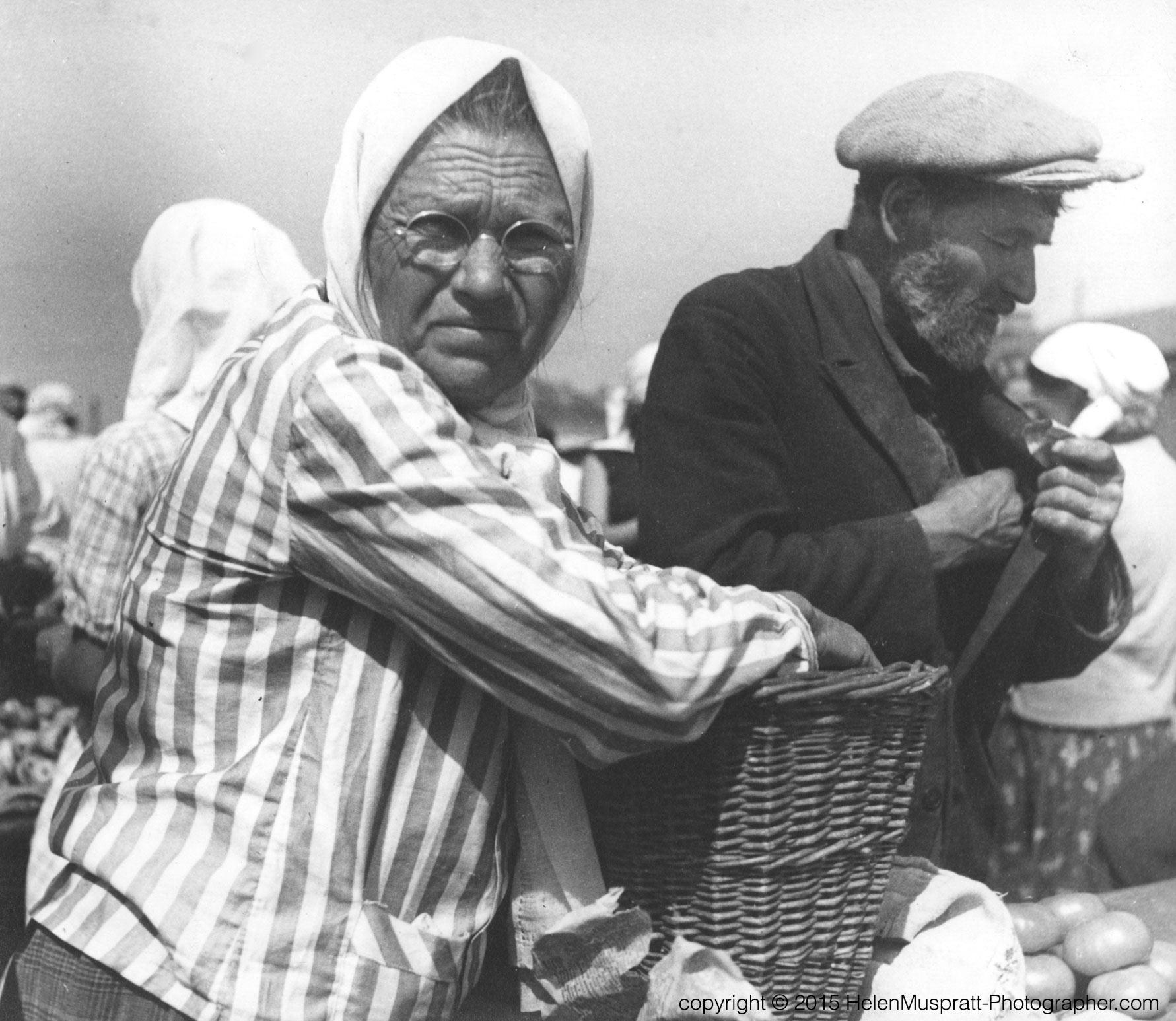 'Kharkov Market 1936 (Helen Muspratt)
