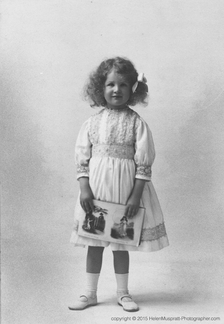 Helen aged 4, 1911 (Fred Bremner, Quetta)